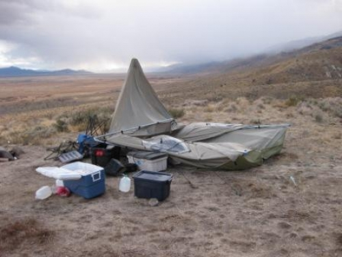 I am not a fan of the bighorn. Our center post twisted and snapped in the middle of the night. With the vents on top all the water then ran in the tent. & Alaknak vs Bighorn - MonsterMuleys.com
