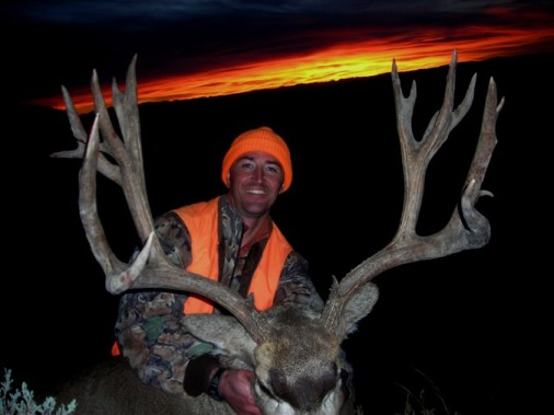 2012 Corby's rifle buck.JPG