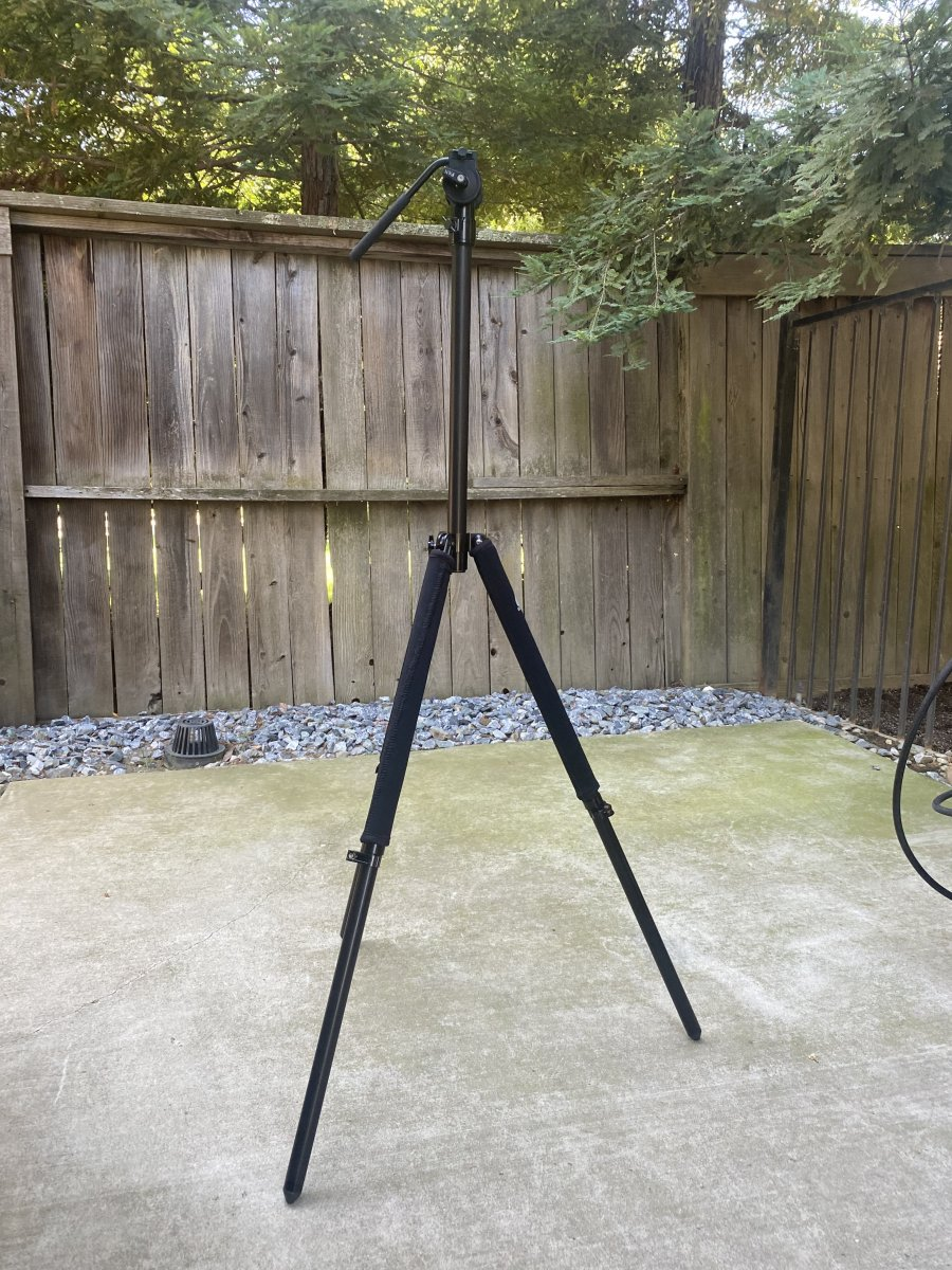 Tripod and Panhead Fully Extended.jpg