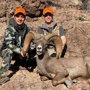 Trophy Ram with Derick Lopez II.jpg